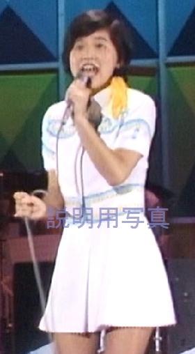 4黄色いリボン衣装1.jpg