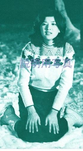 白い少女10.jpg