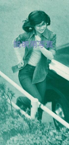 白い少女4.jpg